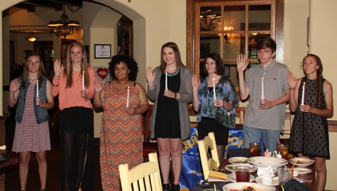 Quill and scroll inducts 7 new members