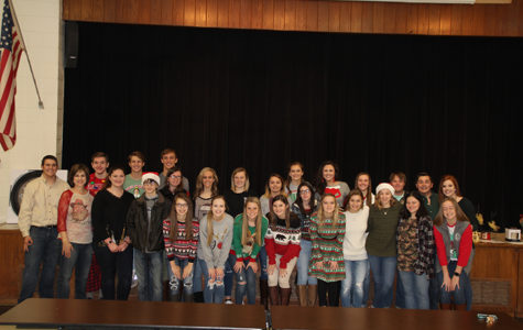 National Honor Society hosts Christmas luncheon