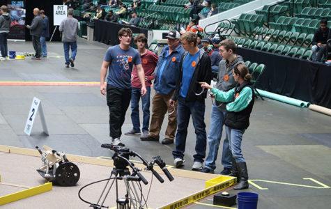 Robotics team advances to state