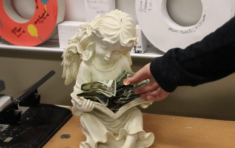 Students give to guardian angel